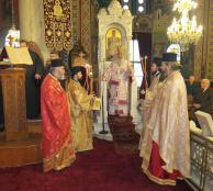 Θεία Λειτουργία στον Ιερό Ναό Αγίου Δημητρίου Λαμίας